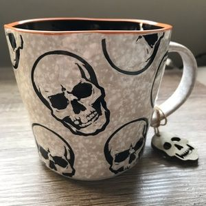 Skull halloween mug skeleton